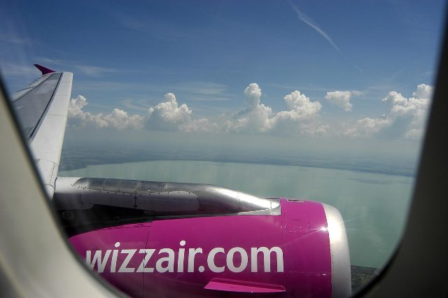 AVION WIZZ AIR