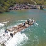 Burgui recupera de nuevo su tradición naviera en el Día de la Almadía