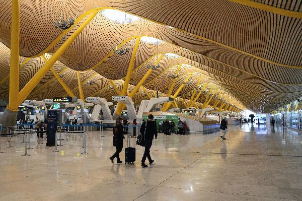 Los aeropuertos registran un octubre con más de 19 millones de viajeros