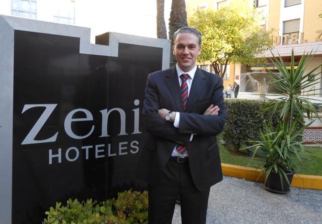 Entrevista a Jesús Castrejón, director del Hotel Zenit Sevilla