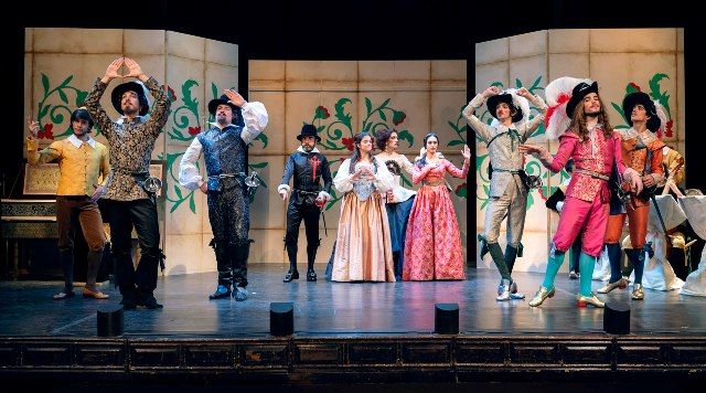 El Destival de Teatro de Olite goza de un bien merecido prestigo y es esperado cada verano con impaciencia y entusiasmo por parte de sus fieles seguidores.