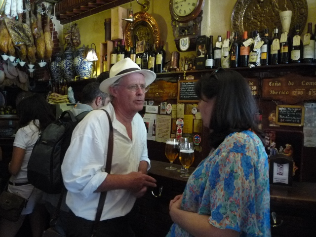 Los bares de Granada, un tesoro en cada esquina.