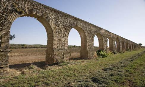 Acueducto romano en la finca del Duque de Wellington