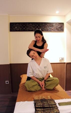 Kenika Thai Massage12-mail