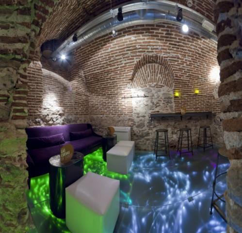 Las Cuevas de Sandó, Madrid, un lugar para quedar