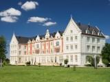Balneario-Hotel Palacio de las Salinas, en tierras de Isabel la Católica y Teresa de Jesús